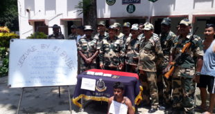 81 Bn BSF recovered golden biscuit of about 36 lakh and US dollar worth rupees about 26 lakh at Indo-Bangla border in Nadia, one arrest